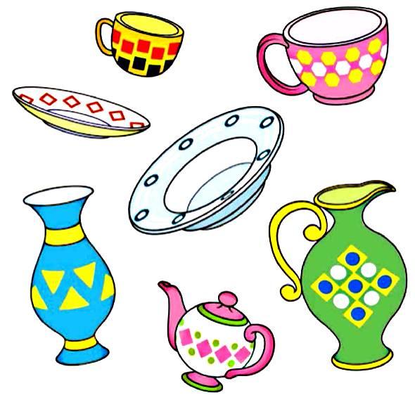 Есть и декоративные тарелки, которыми украшают стены.  Всё это создают мастера, в том числе и художники, которые часто расписывают посуду самыми разнообразными и очень красивыми узорами.